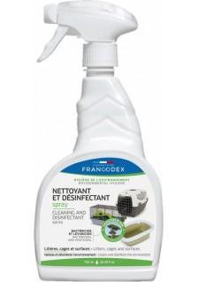 Spray désinfectant et...